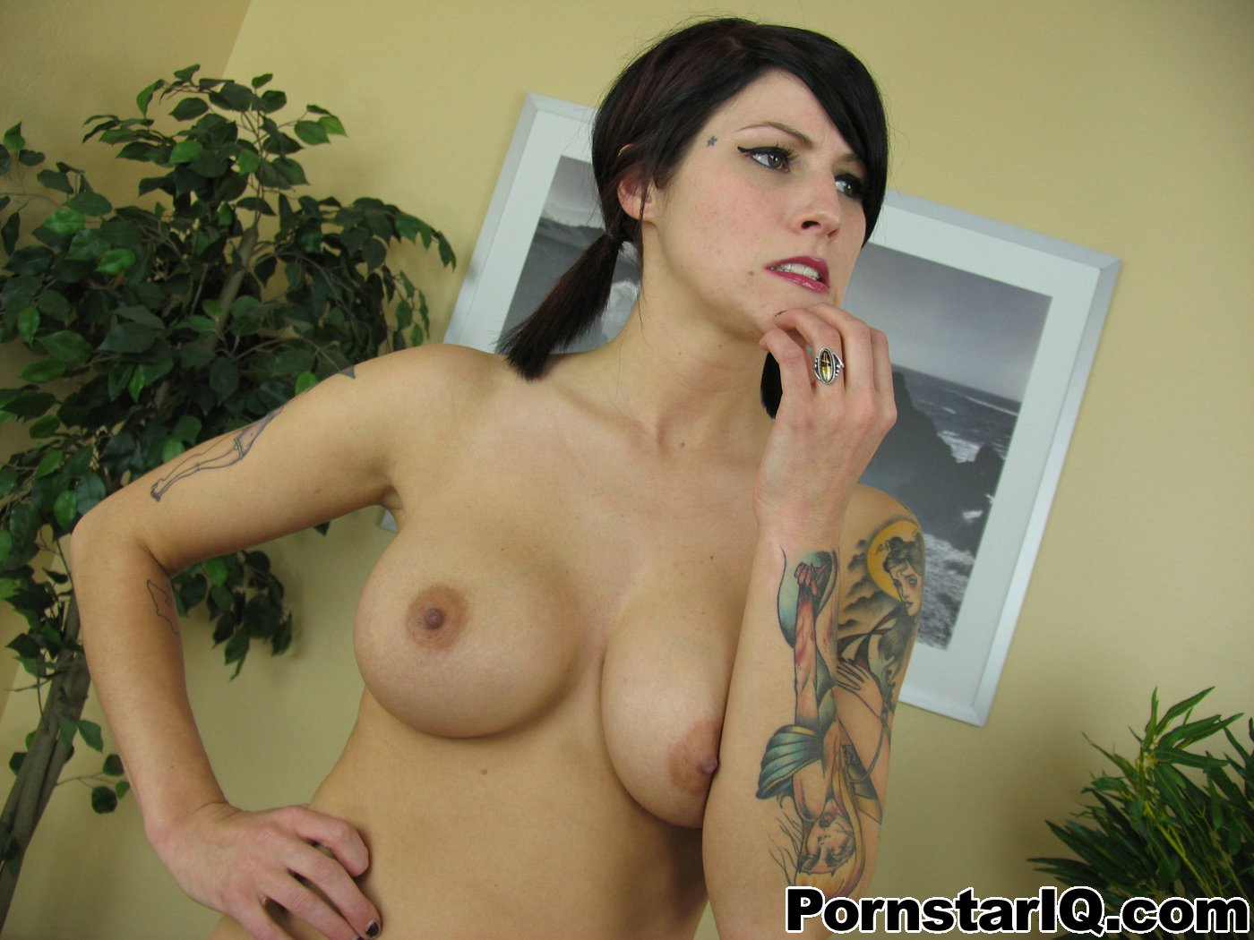 Michelle trachtenberg nude scenes